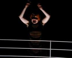 Coquillage, en écoutant son sang couler dans son corps (Catherine Gil Alcala)